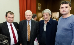 Чланови Друштва Милош Милојевић и председник Друштва Свети Сава