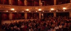 Публика у сали Народног позоришта