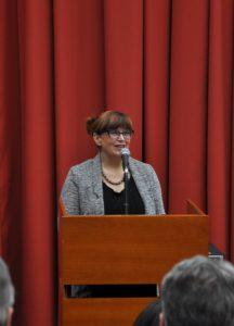 Проф. др Зона Мркаљ чита листу добитника Светосавског књижевног конкурса